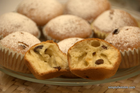muffins cu iaurt si stafide