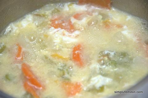 supa de legume cu ou pentru copii